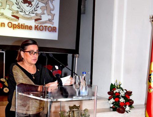 Перовић которским ватрогасцима: Нема тих притисака и пријетњи које би ме натјерале да право претворим у неправо